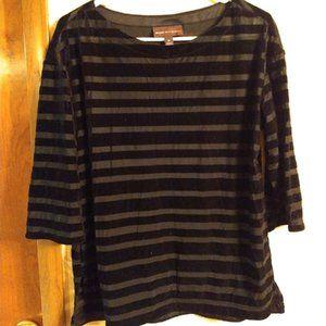 Dana Buchman black stripe shirt